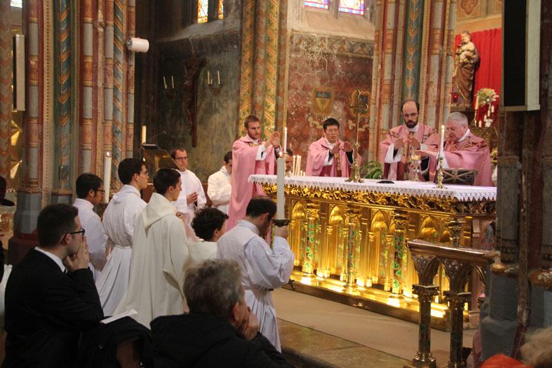 11. Consécration